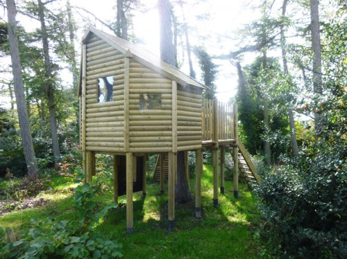 DOM GALLERY bespoke tree house