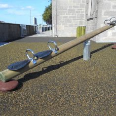 4 person seesaw