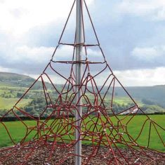 Rope net pyramid