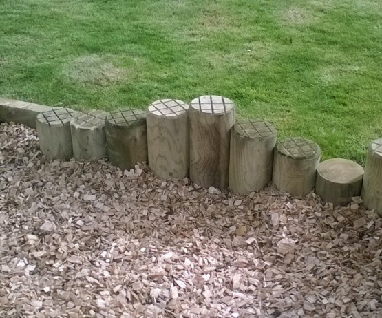 Stepping Log Columns for schools Stepping Log Columns for commercial use Stepping Log Columns for schools