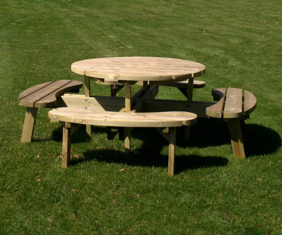 Circular Picnic Table for Schools