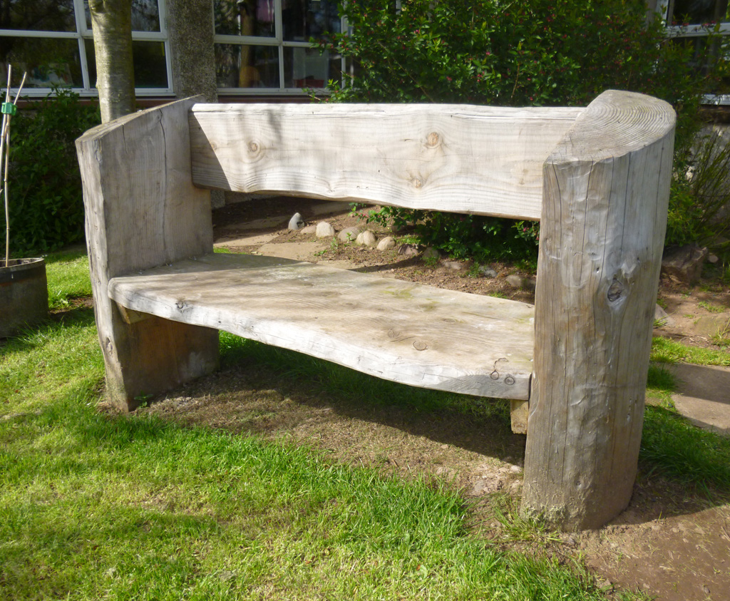 Tree Log Bench Rustic Log Bench For Play Parks Caledonia