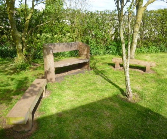 Rustic Log Bench for school playgrounds Rustic Log Bench for play parks