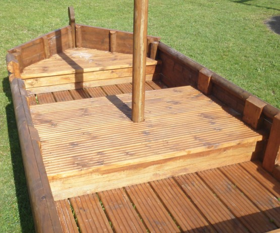 wooden boat product listing image