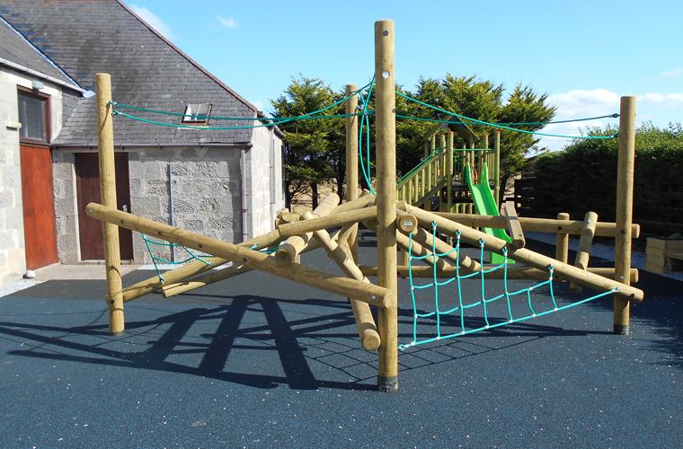 Timber Maze Climber
