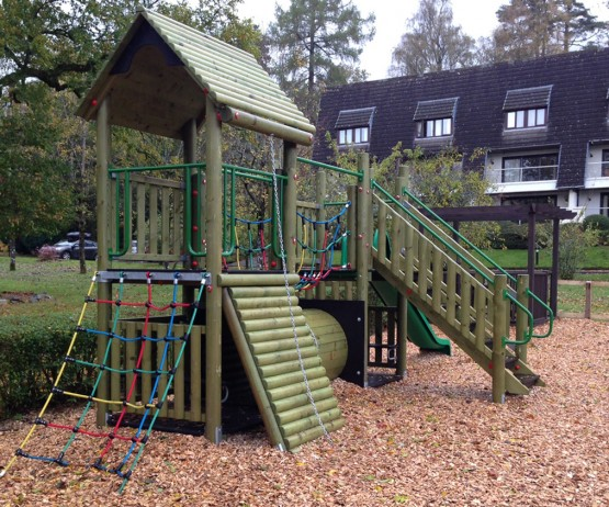 Standard Double Tower Wooden Play Towers For Schools