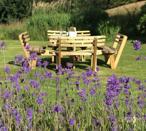 garden gallery circular picnic table with back rests