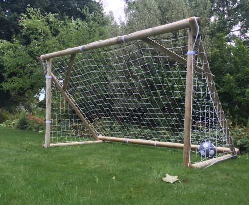 garden goal posts with net