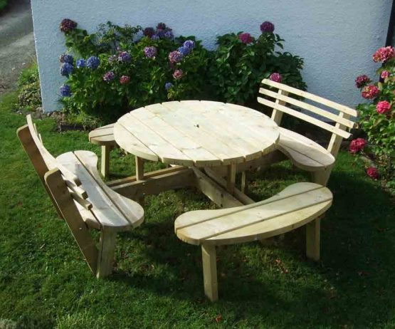 Circular Picnic Table with 2 Back Rests