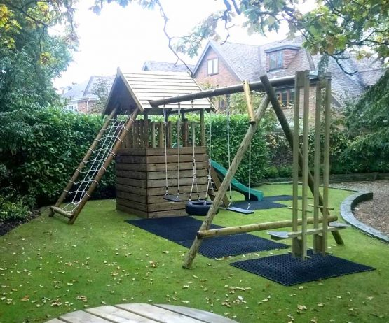 Garden Play Fort with Cargo Net and Swing Extension