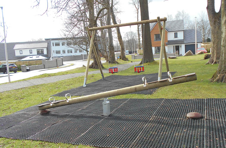 four person seesaw
