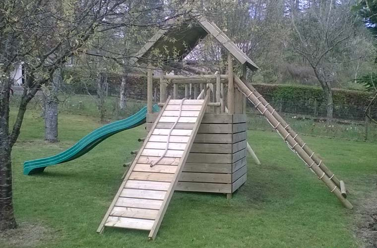 Garden Play Fort with swing extension