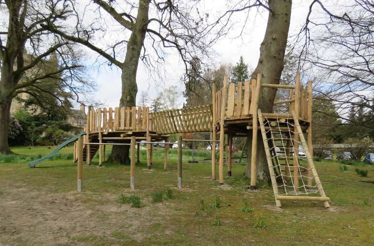 Bespoke tree deck