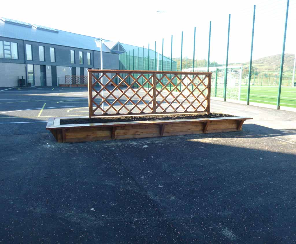 Bench And Planter Combination For Schools And Nurseries