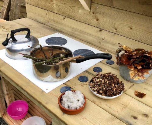 Sensory Play Mud kitchen product listing image