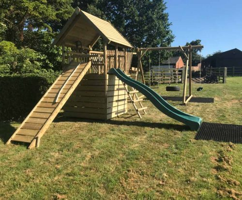 garden play product listing Fort with bridge and DFX