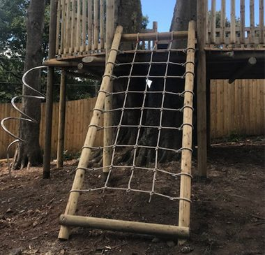 Milngavie case study header picture Garden Play Tree House and Deck