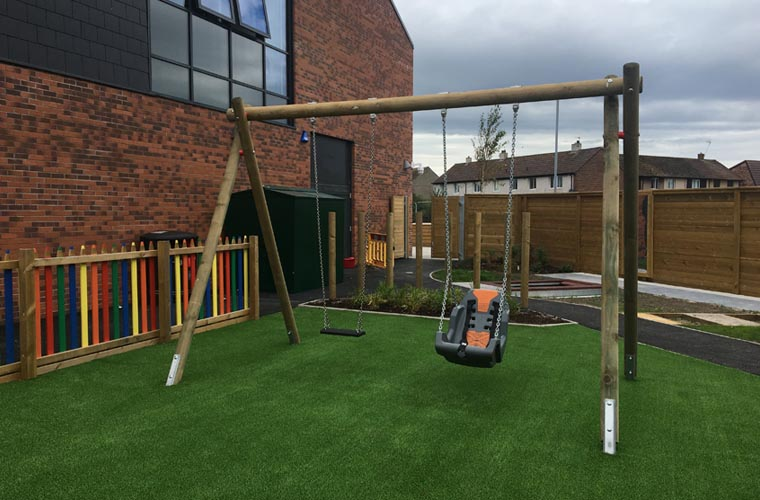 Double Swing Frame with Flat Rubber Seat and Inclusive Swing Seat
