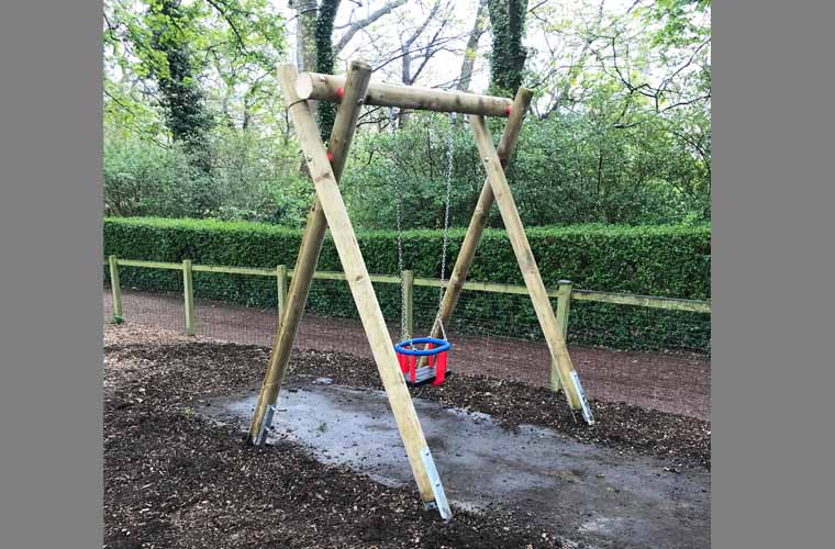 Single Swing Frame with Toddler Seat